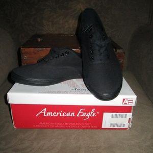 American Eagle Black Canvas Tennis Shoe